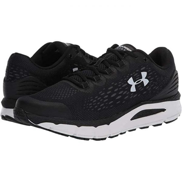 Under Armour Charged Intake 4-BLK
